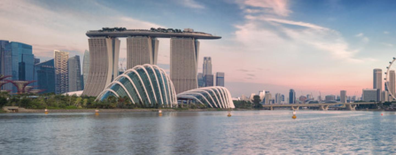 Asian Financial Companies Turn to Fintech, But Headwinds Remain