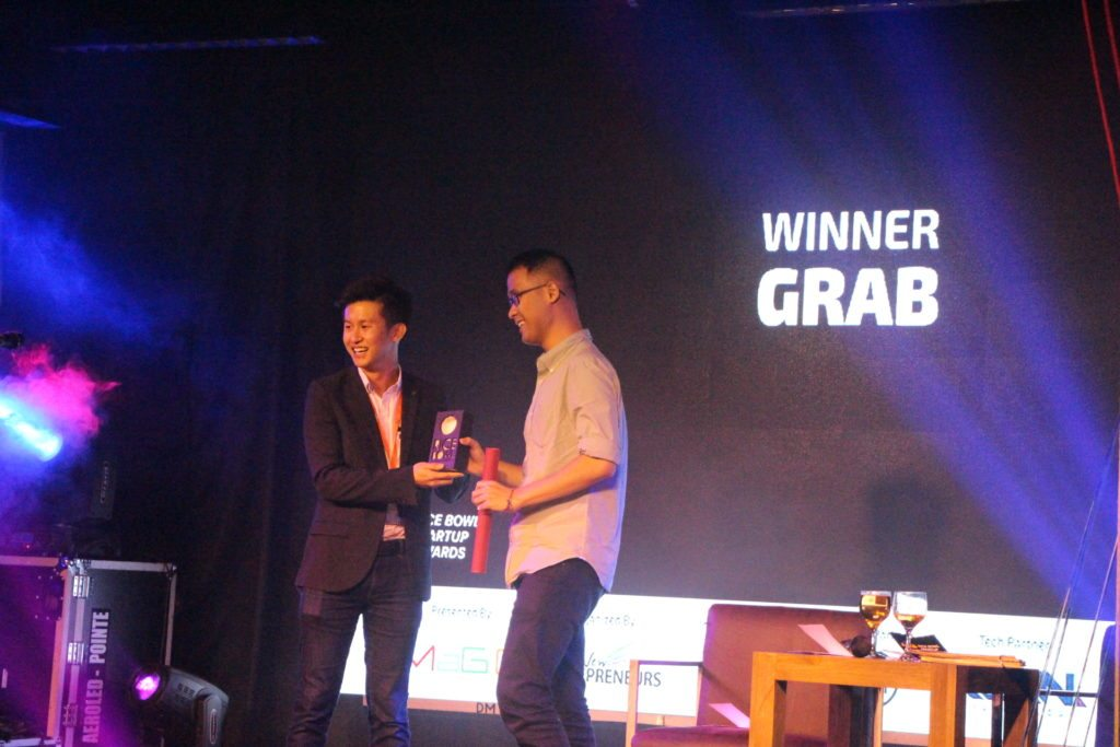 Ehon Chan Grom Magic-Giving Awards To Grab