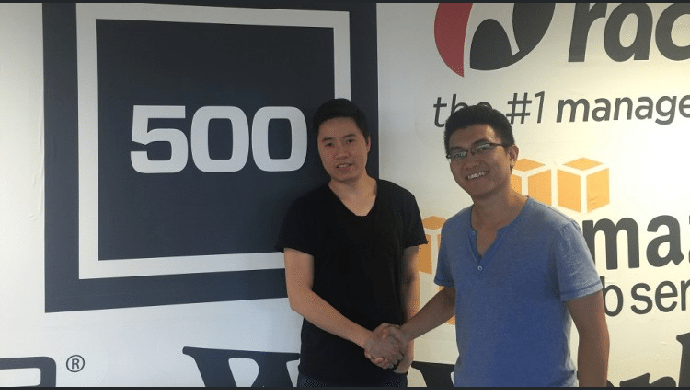 Quan Truong (light blue T-shirt), CEO and Co-founder of Beeketing