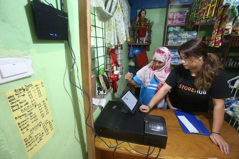 FINTQ to enable Pinoys to deposit to bank accounts via sari-sari stores