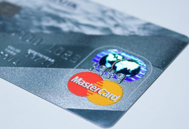 Betting on Contactless: Mastercard Pushes Chips to Center of Table