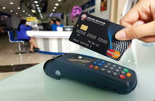 Hanoi to develop non-cash payments