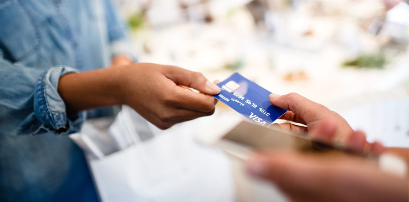 Singaporeans Confident To Go Cashless For Up To Three Days