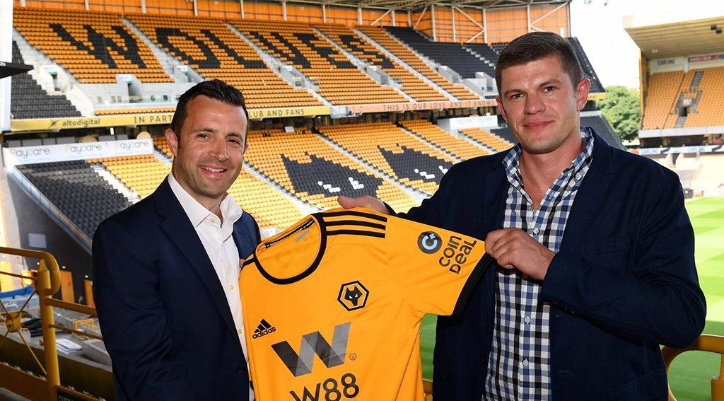 Coindeal sponsors Wolverhampton Wanderers