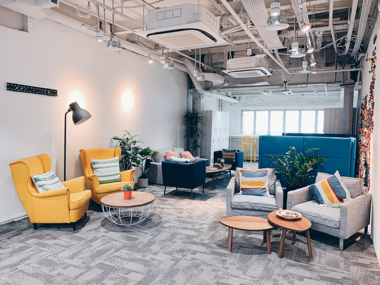 Coworking space fintech startup singapore : found8